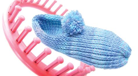loom knitting slippers loom knit how to make slippers with a 24 peg