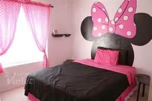 minnie mouse baby room decor cabeceira para cama das crian 231 as espa 231 o casa
