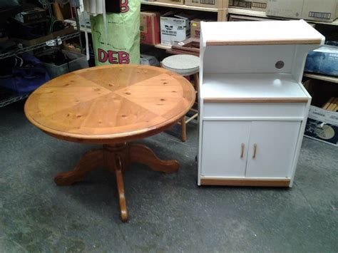 Knotty Pine Kitchen Table Knotty Pine Table 42 Inch With Kitchen Cart 25 X 16 X 42 Hvac Furniture Some Oldies