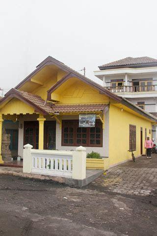 gunung bromo guesthouses  hotels travelfishorg