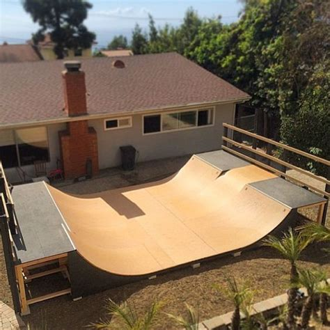 Would You Like This R In Your Backyard Skateboarding Backyard Skatepark Ideas