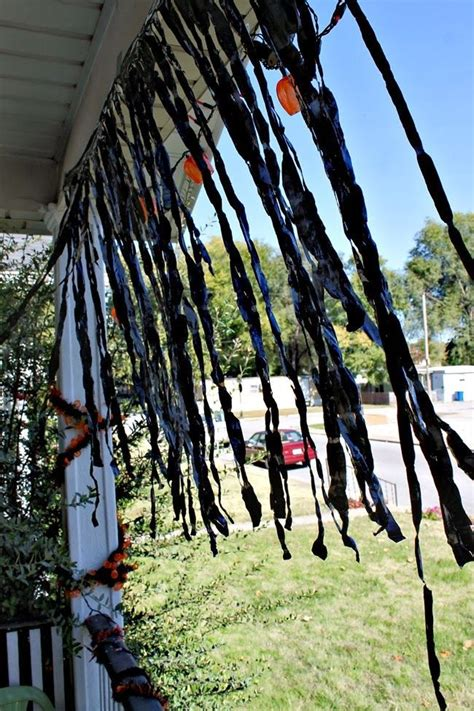 11 easy diy halloween decorations with trash bags 50 best halloween decorations out of trash bags images on