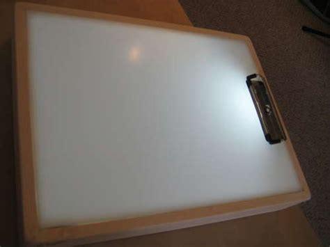 how to make a diy sketch tracer light box