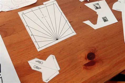 How To Make A Sundial With A Paper Plate - paper sundial diy