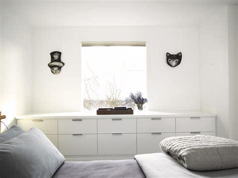 Dresser In Front Of Window by Splashy Dresser Knobs In Bedroom With