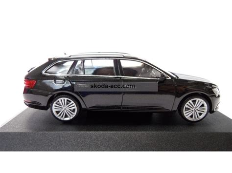 skoda black magic skoda superb iii combi 1 43 black magic 3v9099300f9r