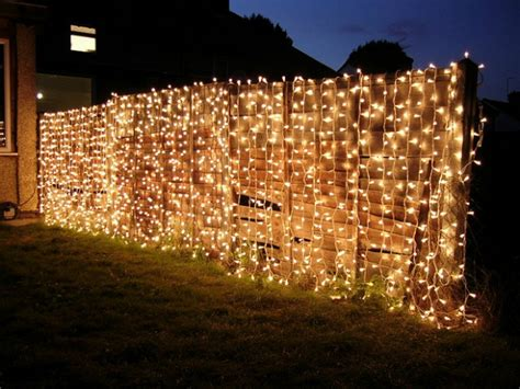 Best Way To Decorate A Christmas Tree 25 Ideas For Decorating Your Garden Fence