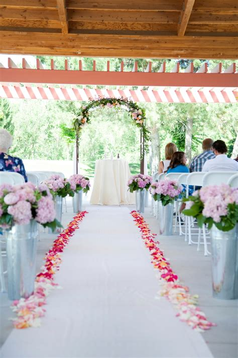 Wedding Aisle Flower Petals by Flower Petal Lined Aisle Runner Elizabeth Designs