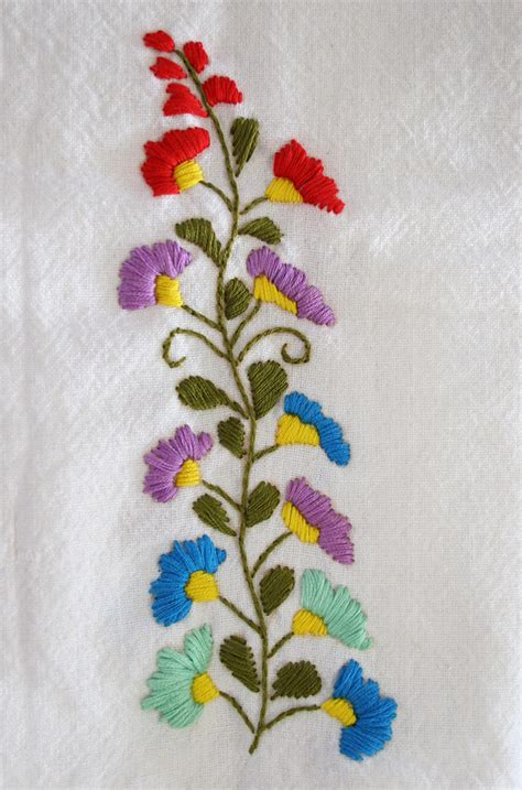 embroidery pattern image siren mexican floral embroidery pattern detail 2