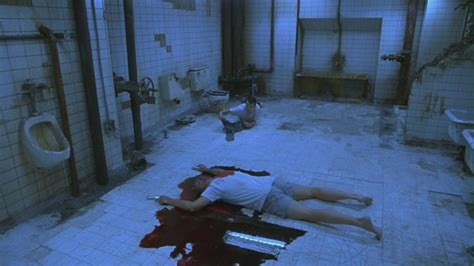 saw 2 bathroom saw 2004 james wan don t go up the stairs