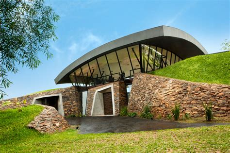 homes built into hillside a unique hillside home built into the landscape 171 twistedsifter