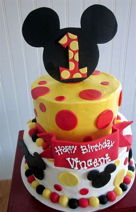 darlin designs mickey mouse  birthday cake