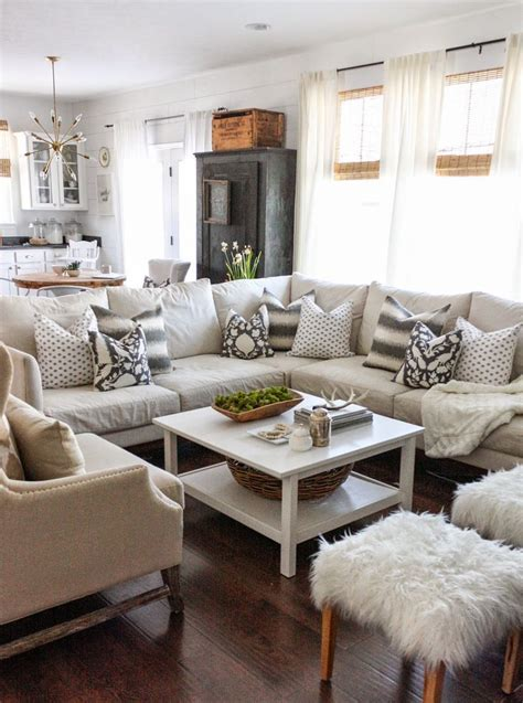 Living Room Chair Pillows Best 25 Pillow Arrangement Ideas Only On