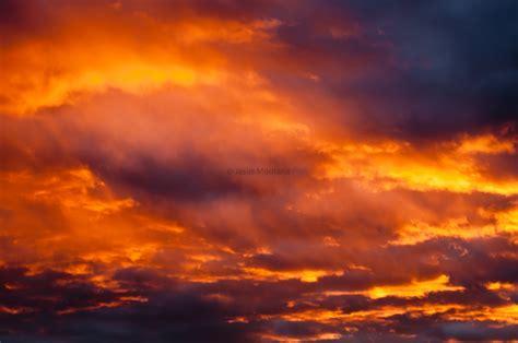 imagenes de nubes rojas cielo con nubes rojas al atardecer biosgea