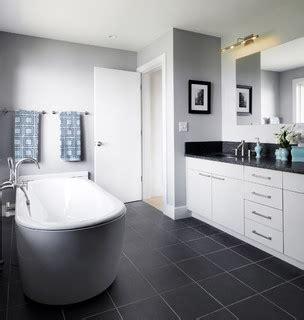 modernes badezimmer vanity set susan teare contemporary bathroom burlington by