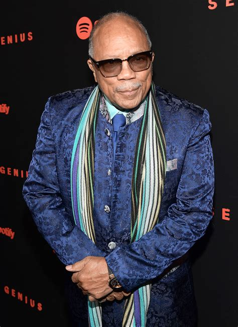 quincy jones real name quincy jones apologizes for controversial interviews after