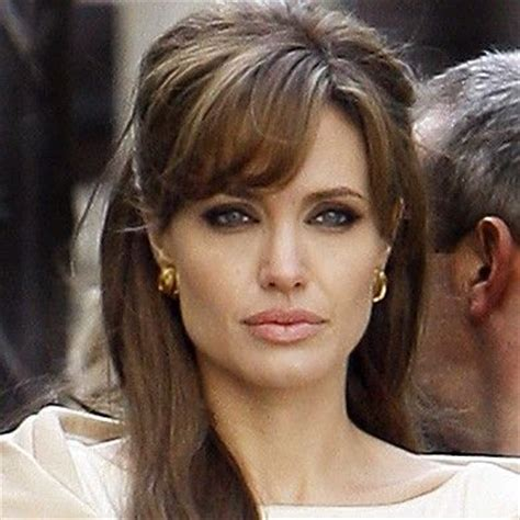 hairstyles with cowlick bangs angelina jolie con flequillo flequillos fringes