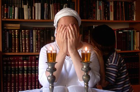 shabbat candle lighting in jerusalem the only safe place for battered orthodox in