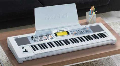 Roland E 09 Interactive Arranger Electronic Keyboard roland announces e 09w interactive arranger keyboard