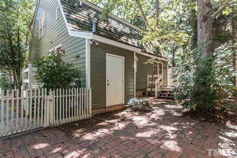 Small Homes Raleigh Nc A Happy Bright Tiny Cottage In Massachusetts And More