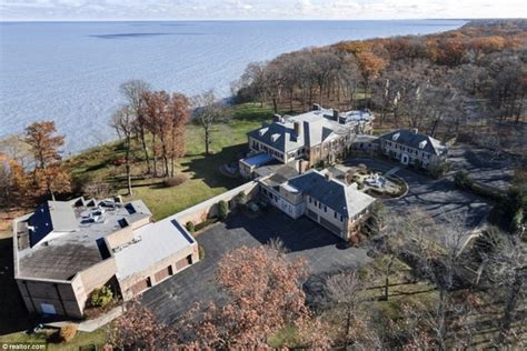 richard marx lists chicago waterfront  sale  cynthia rhodes divorce daily mail