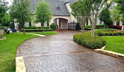 Who Had The Best Sidewalk Style This Year by Sted Concrete Driveway Designs Ideas Concrete Craft