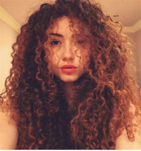 Puffy Woman Curly Hair | natural curly hair it s evenly puffy on both sides this