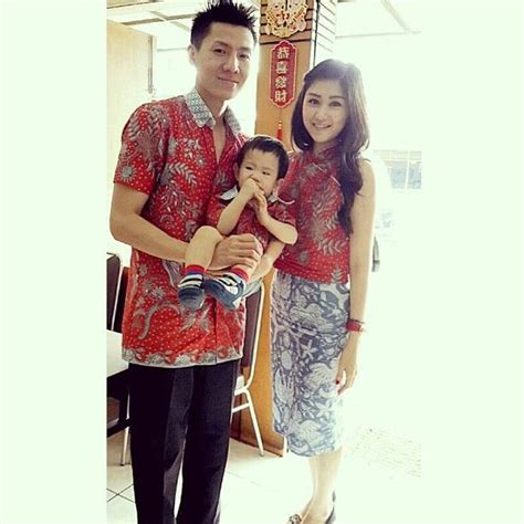 Sephora Batik 25 b 228 sta indonesisk kebaya id 233 erna p 229 kebaya
