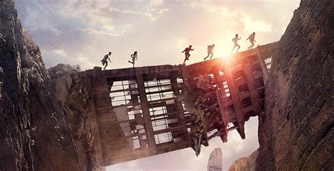 new maze runner the scorch new scorch trials movie poster released on twitter