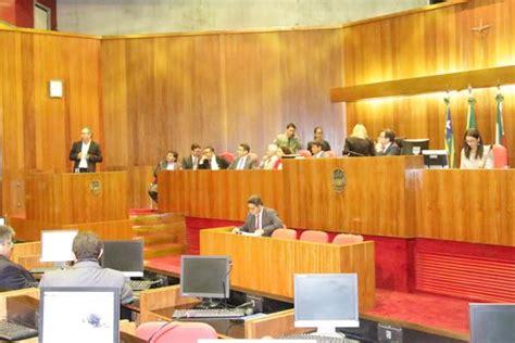 aumento de aposentados e pensionistas 22 04 2015 youtube assembleia legislativa aprova piso de r 2 2 mil para