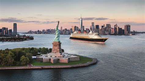 boat cruises new york state aboard the dream and then disembark for excursions