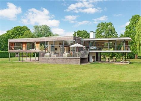 Top 10 Grand Designs Houses Zoopla
