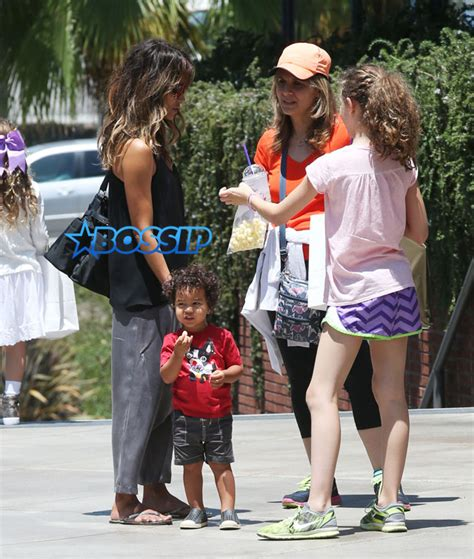 Baby Bery Kidz halle berry visits a westfield mall with adorable
