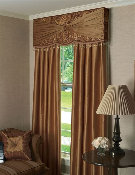 Valances And Cornice Boards Http Lookbook Easternaccents Files 2011 11 Gershwin