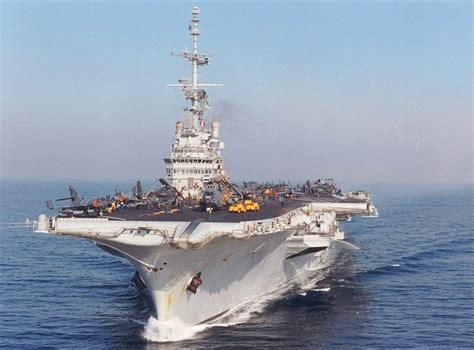 clemenceau aircraft carrier pictures