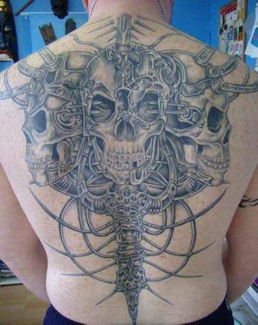 biomechanical zombie tattoo skulls and skeleton biomechanical tattoo on back jpg 375