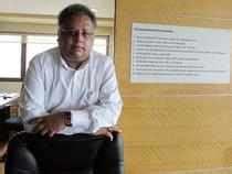 rekha jhunjhunwala portfolio intellect design arena rakesh jhunjhunwala sells stake in