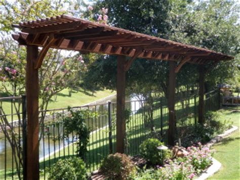 Thin Trellis Garden Pergola Will Look Great In Your Garden The