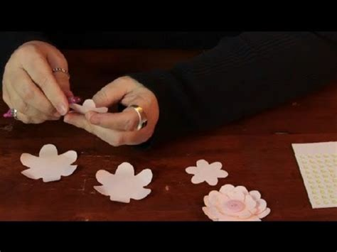 What Can I Make With Paper - how do i make paper flowers easily assorted crafts