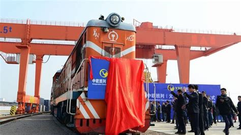 felixstowe dockers china launches  freight train