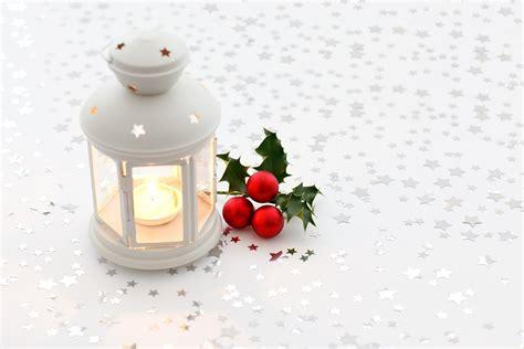sfondi candele foto gratis sfondo candela natale colorato immagine