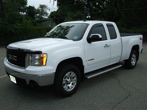 how make cars 2007 gmc sierra 1500 security system rwl6935 2007 gmc sierra 1500 extended cabsle pickup 4d 6 1 2 ft specs photos modification info