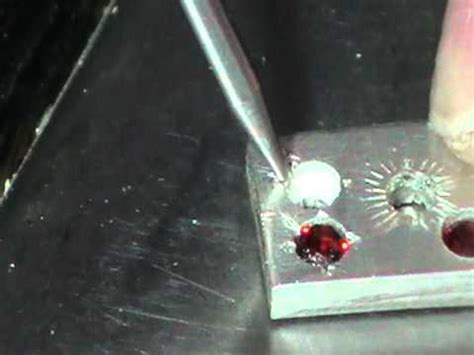 bead setting bead setting for faceted closeup