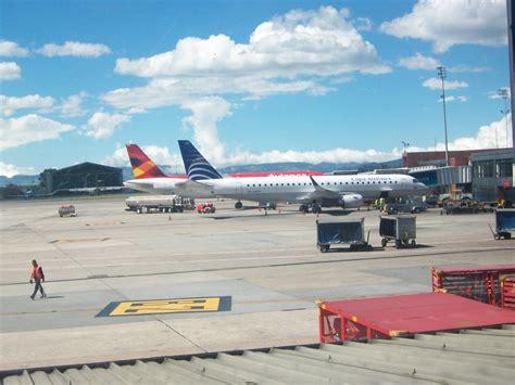 File:Aeropuerto Internacional ElDorado, Bogotá D.C ...
