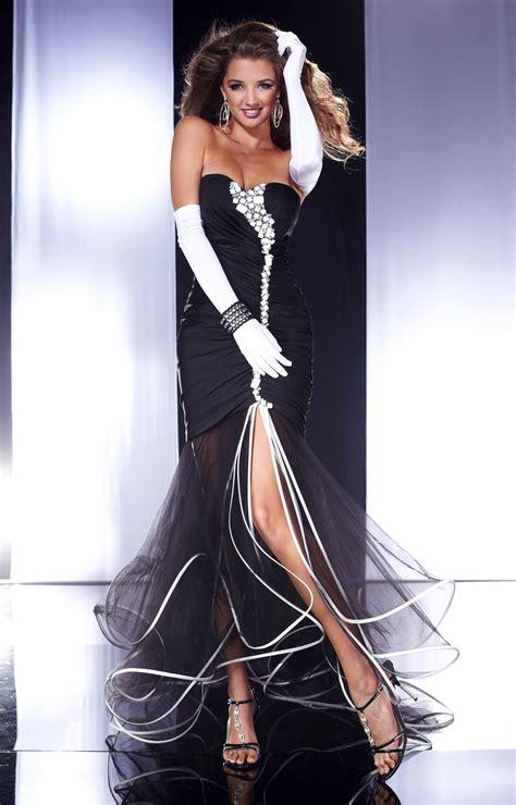 panoply  flirty  fun prom dress