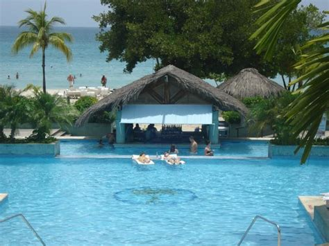 Couples Resort Rates Pool Picture Of Couples Negril Negril Tripadvisor