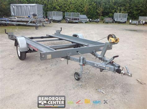 remorque satellite porte voiture location porte voiture avec rail 1300 kg 1 essieux