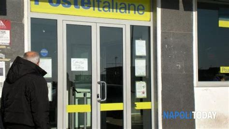 ufficio postale pomigliano d arco rapina all ufficio postale ferito un anziano