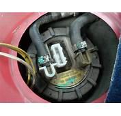 TUTO Peugeot 106  Changement Pompe &224 Essence &233lectrique