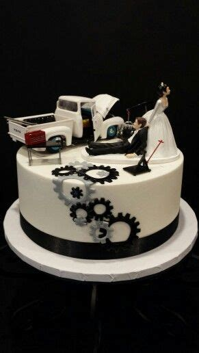 mechanics groom s cake my cakes groom cake grooms and cakes